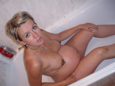 Naked pregnant girlfriends